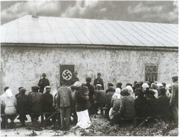 Как при немецкой оккупации: в украинских селах снова появятся «старосты»