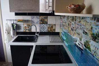 """Кухня: 7 метров """"с элементами морской тематики"""""""