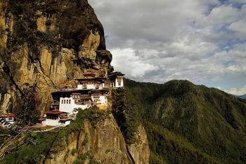Самые необычные храмы мира: 10 культовых сооружений, которые поражают воображение