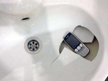 Приколы про мобильные телефоны