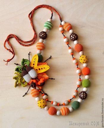 Вяжем крючком яркое колье «Осенний букет»