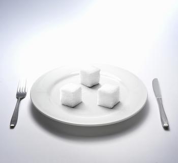 Сколько сахара в день могут употреблять взрослый человек и ребенок