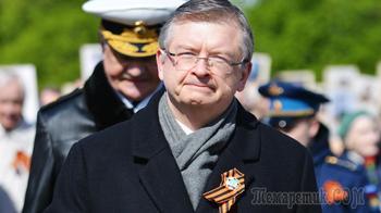 «Перекореживают историю»: посол России об отношениях с Польшей