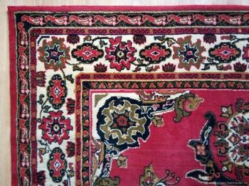 Кто придумывал все эти странные рисунки для советских ковров?