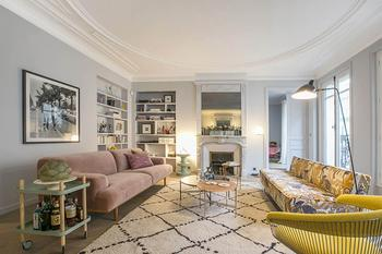 Квартира в Париже: современный интерьер, интересные детали и французский стиль (155 кв. м)