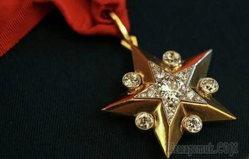 Почему в России упразднили маршальскую звезду - бриллиантовый знак отличия высших офицеров