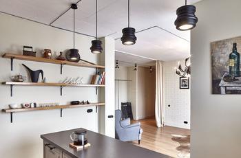 Квартира без дверей, лишней мебели и суеты