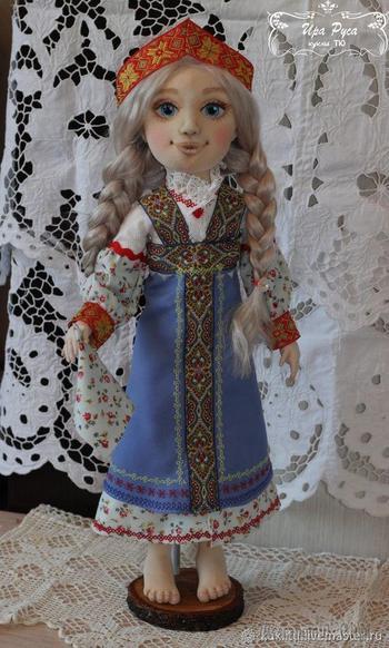 Шьем куколку Настеньку из «Сказа о Ясном Соколе»