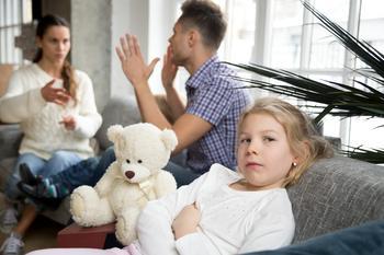 Развод родителей. Как уберечь детей