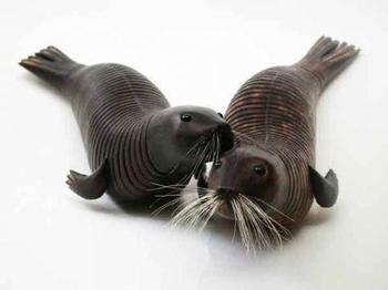Невероятные скульптуры животных, у которых шевелятся хвосты и туловища