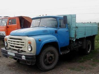 Грузовики ЗиЛ-130 — автолегенда СССР