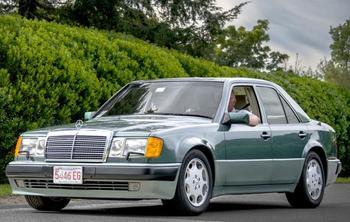 """Mercedes E500 W124 """"Волчок"""": технические характеристики, руководство по ремонту"""