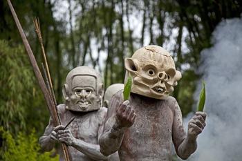 Люди из глины: загадка папуасского племени асаро