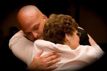 Материнская молитва за взрослого сына: о защите над ним, от пьянства, о здоровье