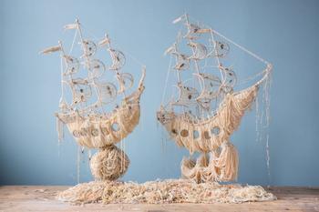Корабли из жемчужных ожерелий