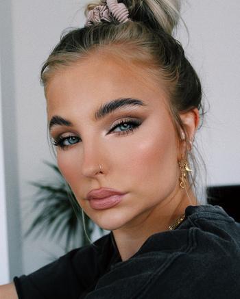 Легкий макияж на каждый день: 10 нежных и прекрасных примеров