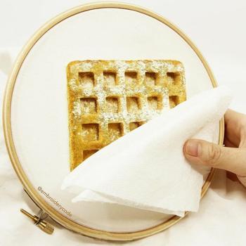 Реалистичная вышивка еды с трёхмерным эффектом, которую хочется съесть