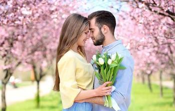 Любовный гороскоп на неделю: кого ждет удача в личной жизни с 23 по 29 апреля