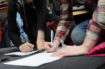 Российских школьников захотели научить правильно писать доносы