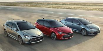 Toyota Corolla Sedan 2019 – седан Тойота Королла 12 поколения