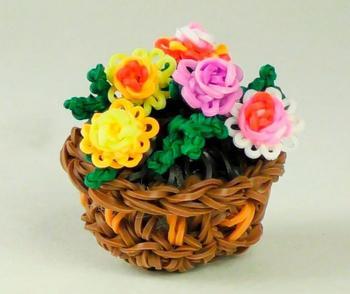 Плетём цветы из резинок