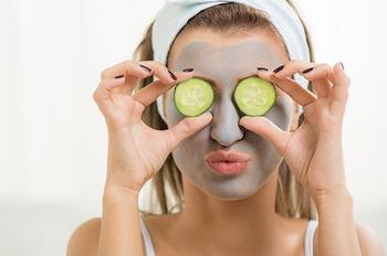 10 лучших домашних масок для для жирной кожи