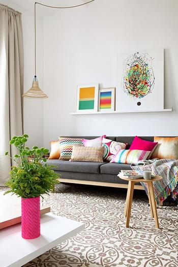 Яркая квартира 65 м² в Барселоне