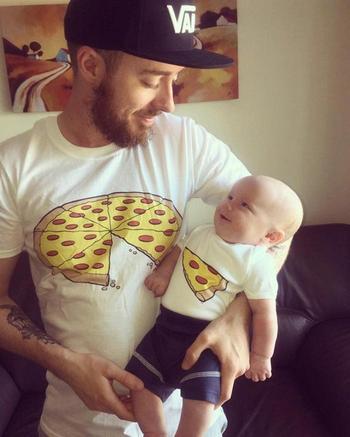 Гениальные парные футболки, на которые невозможно смотреть без смеха