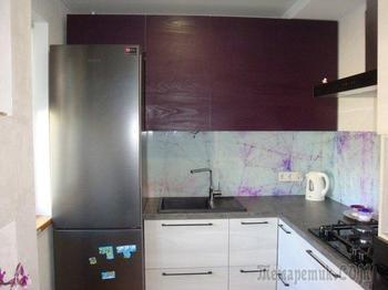Кухня: темный верх, белый низ