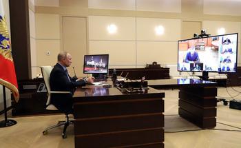 Нарышкин рассказал, как Путин подробно работает с документами от СВР