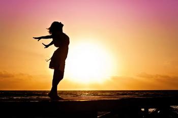 Перспективные везунчики по гороскопу: 5 знаков которые заживут счастливо в новом 10-летии