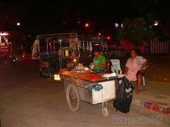 Уличная еда в Таиланде, да и везде в Юго-Восточной Азии
