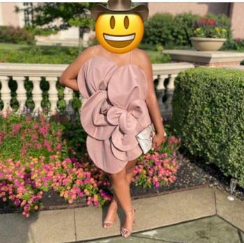 29 платьев, которые выглядят настолько неудачно, что заслужили место позора