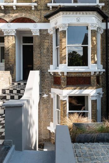 Замечательная квартира с собственным двориком в историческом доме в Лондоне