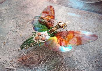 Очаровательные насекомые из старых электросхем