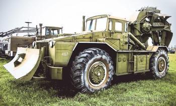 Копать, строить, буксировать: колесные инженерные машины Советской армии