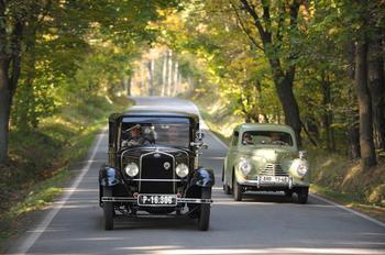 История: путешествуем во времени вместе со старыми Skoda