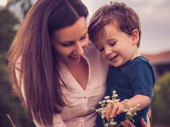 10 вещей, которым мама должна научить сына