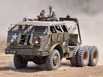 Pacific M25: эвакуатор для танка