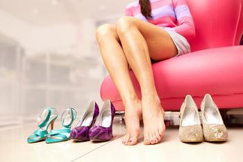 Сны про обувь и одежду