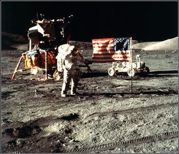 Сколько раз американцы были на Луне – величайшее достижение или шоу?