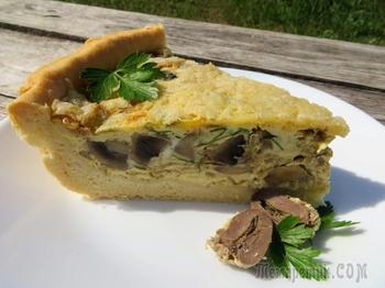 Пирог с сердечками и грибами