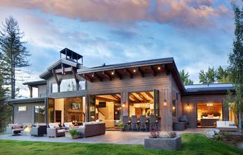 Современная резиденция посреди природы в Монтане