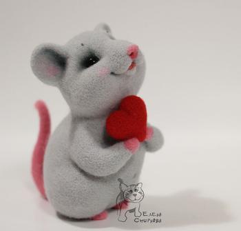 Валяем милого мышонка Фенечку