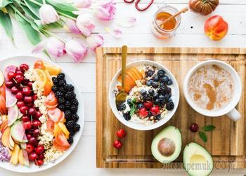 16 продуктов, которые поднимут настроение во время месячных