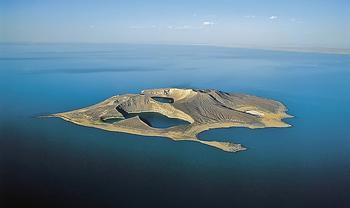 Гиблый остров на озере Рудольф