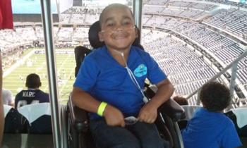 Мама знает, как лучше: врачи сделали 13 операций здоровому мальчику, поверив его матери