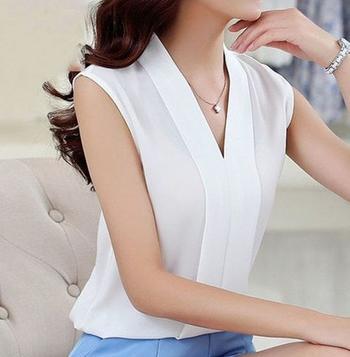 Элегантные белые блузки, которые непременно захочется добавить в свой гардероб