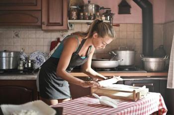 Лучшие повара в гороскопе: знаки Зодиака которые любят баловать близких вкусной едой