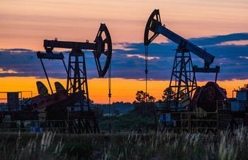 США могут обогнать Россию и Саудовскую Аравию по добыче нефти